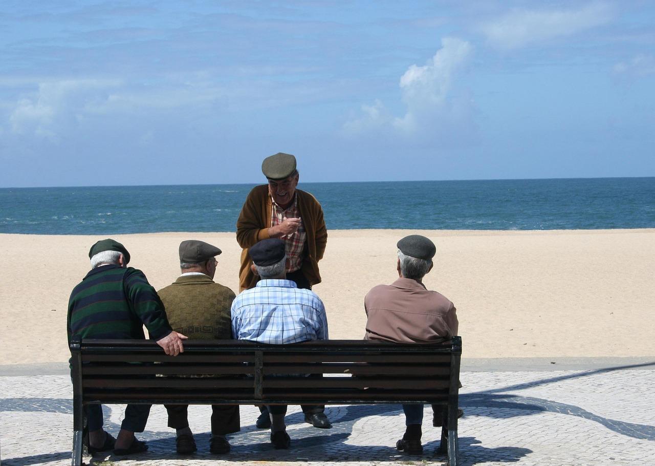 old-men-515882_1280